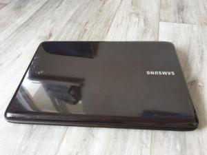 Ноутбук Samsung R540 i5/4gb/HD 4500/320GB